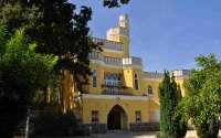 Eladó kastély (villa) teljes berendezéssel a Balaton északi partján! - Balatonszepezd