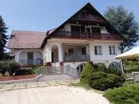 Révfülöpön vendéglátásra is alkalmas négy szintes lakóház eladó! - Révfülöp